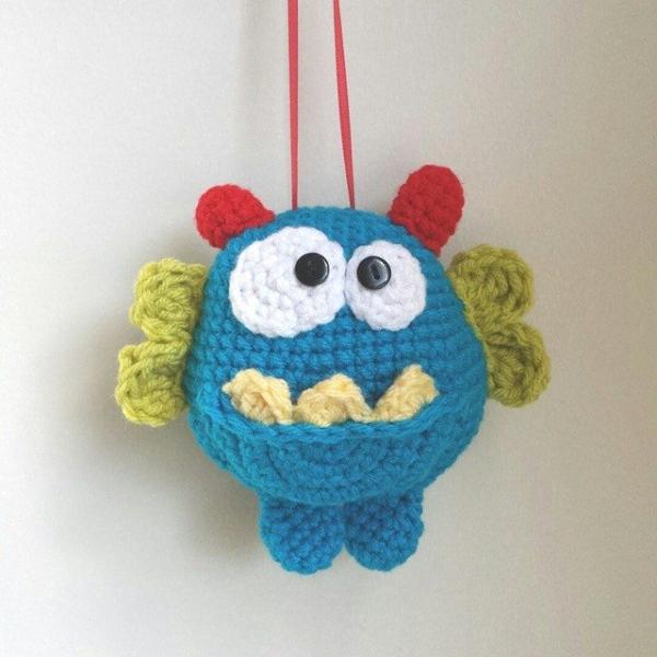 caeyplusthree crochet tooth fairy pillow