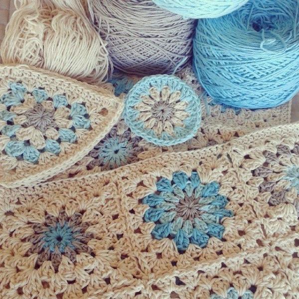 corazonalsol crochet squares