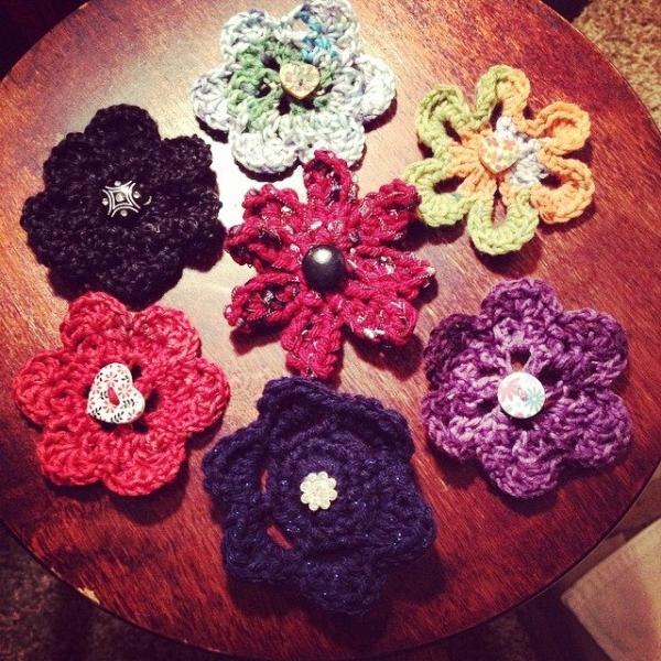 creativeglo13 crochet flowers