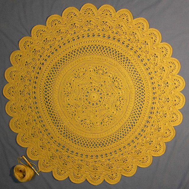 Crocheting In A Circle Pattern : 20 Best Crochet Circle Patterns: Mandalas, Doilies, Coasters, Cushions ...