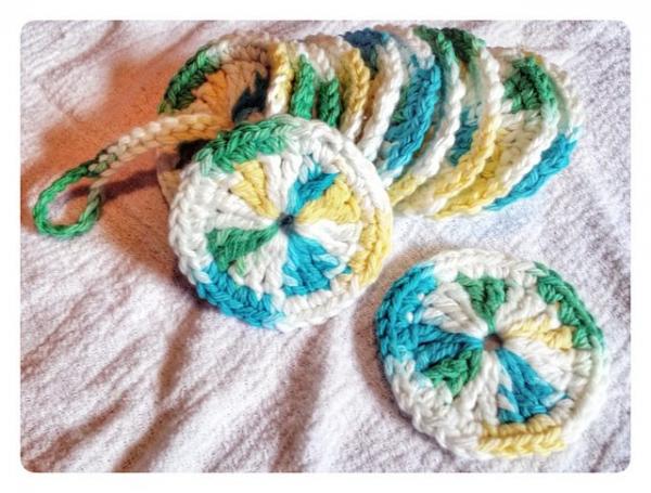 crochet makeup removers pattern