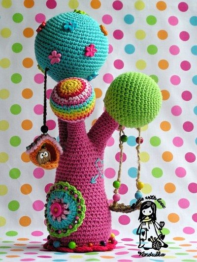 crochet rainbow tree