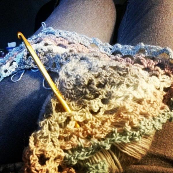 cynthiafinney crochet shawlette