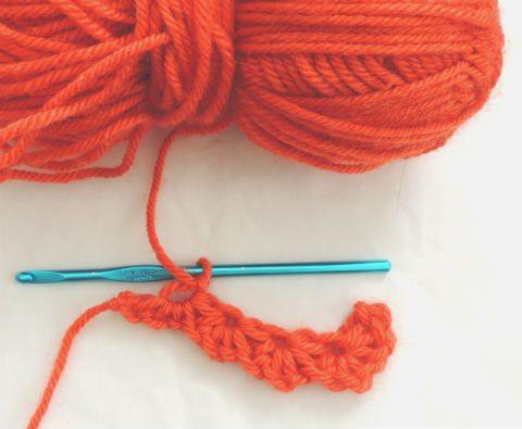 daisymain How to Crochet the Daisy Stitch AKA Crochet Star Stitch