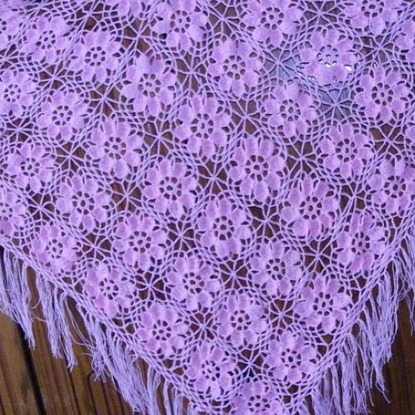 il354 crochet shawl