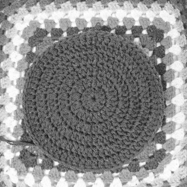 itsjustcrochet crochet circle square