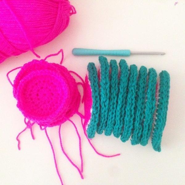 itsjustcrochet crochet watermelon garland