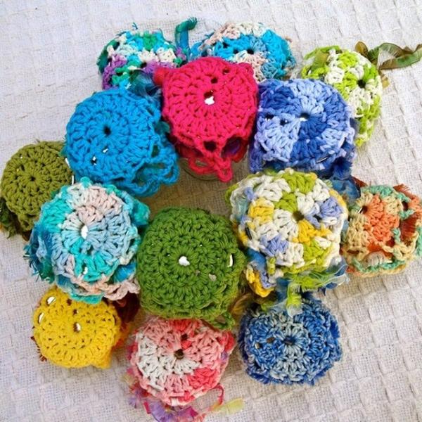 lisesolvang crochet mason jar doilies