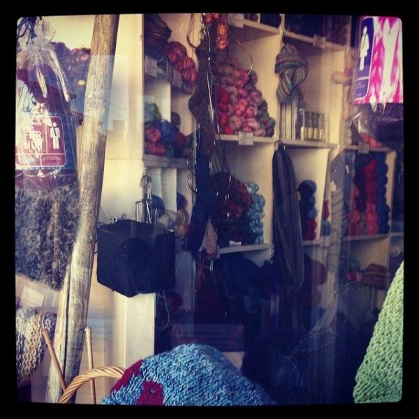 lys yarn store