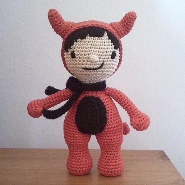magnetimary crochet devil