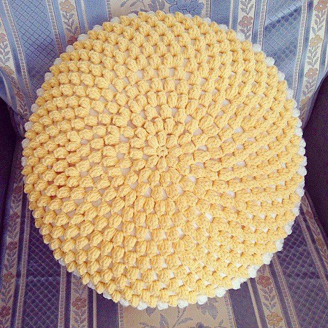 missmotherhook crochet cushion