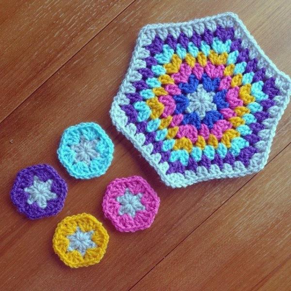missmotherhook crochet motifs