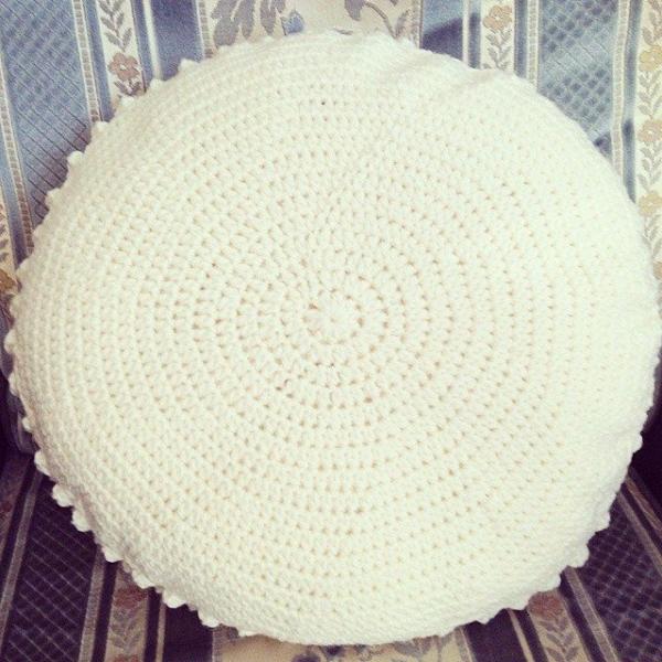 missmotherhook crochet pillow