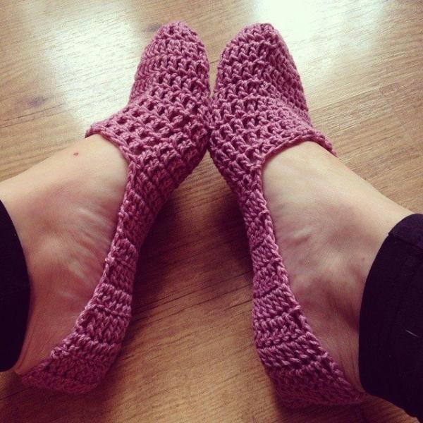 missmotherhook crochet slippers side