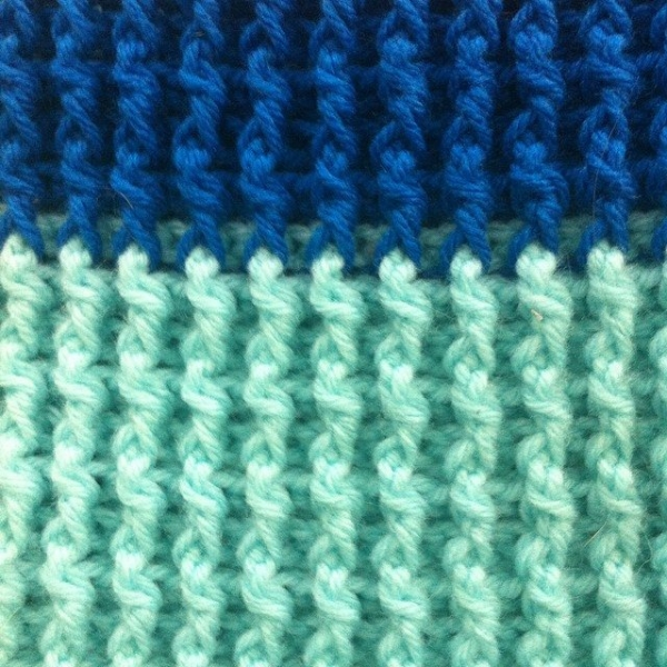 post stitch crochet blue