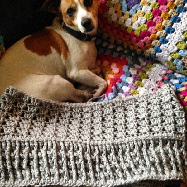priscillablain crochet cowl with granny blanket background
