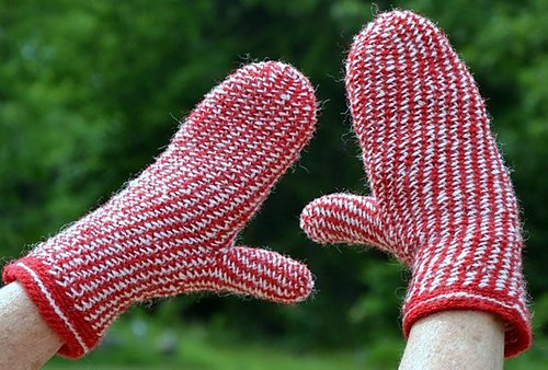 slip stitch crochet mittens pattern