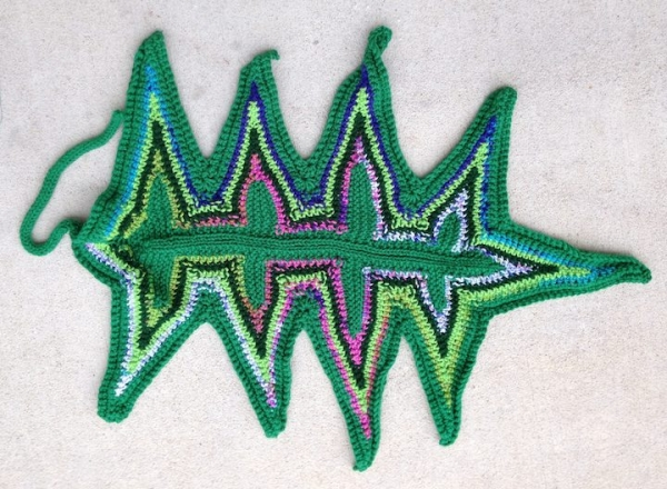crochet knit leaf art