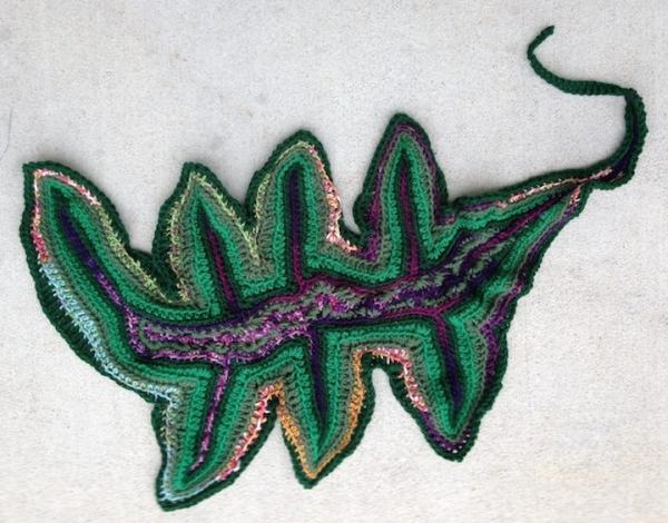 smhuge leaf 3 600x470 Catherine Reeds Crochet Art Leaves