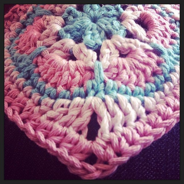 stephaniedavies crochet flower square