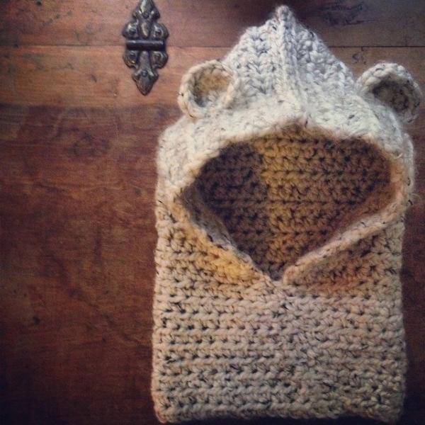 woolyana crochet cowl hat
