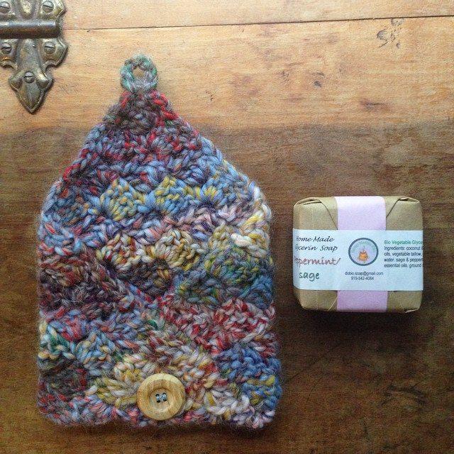 woolyana crochet soap pouch