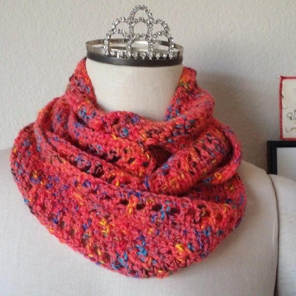 xtinerat crochet cowl