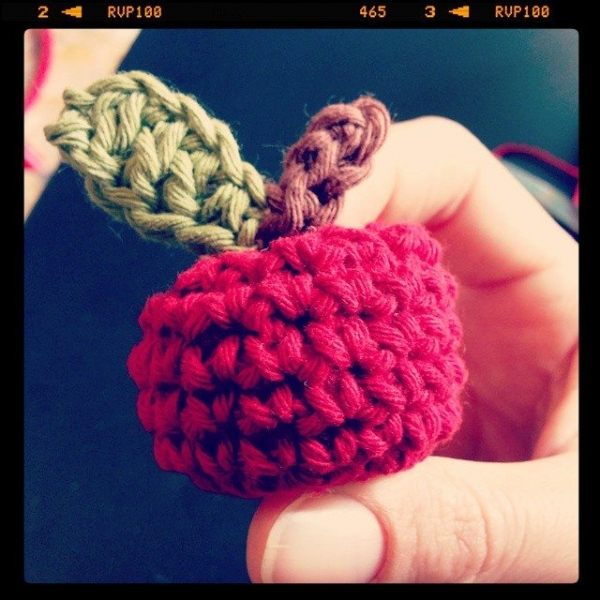 annalisacco crochet apple 2