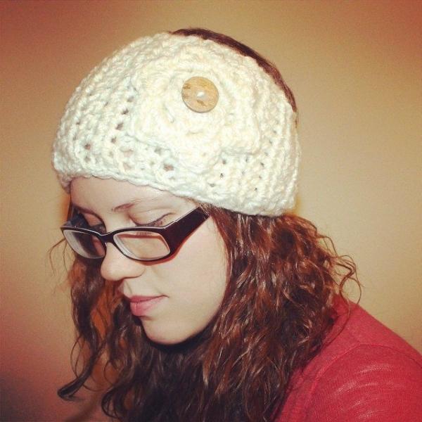 audra_hooknowl crochet earwarmers