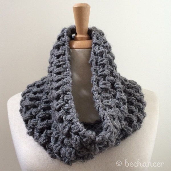 bechancer crochet cowl