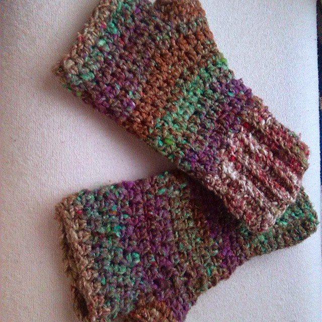 bethshananne crochet handwarmers