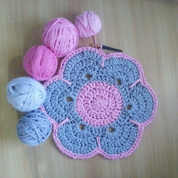 btrixdsigns crochet rug