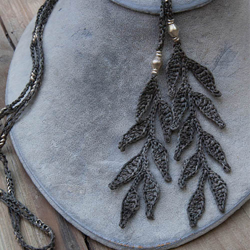 crochet leaf necklace