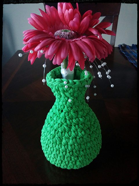 crochet t-shirt yarn vase free pattern