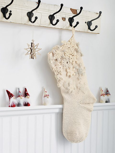 crochet winter stocking