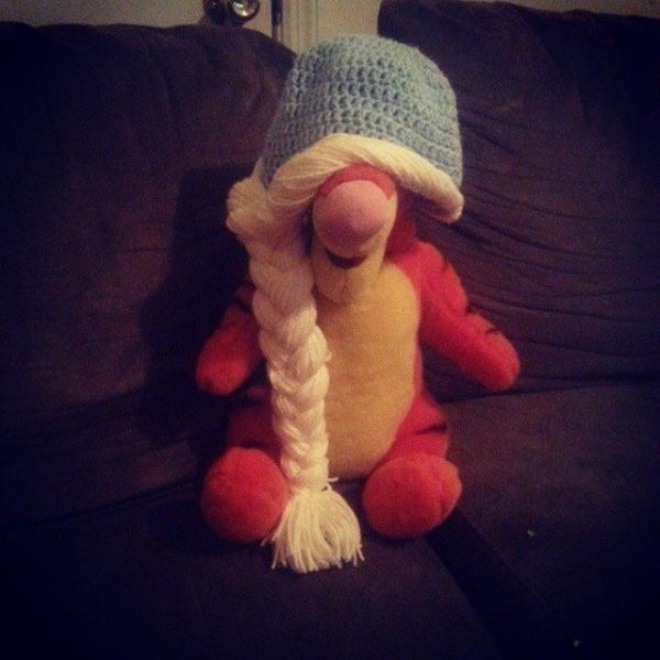 crochetbyshelby crochet elsa hat