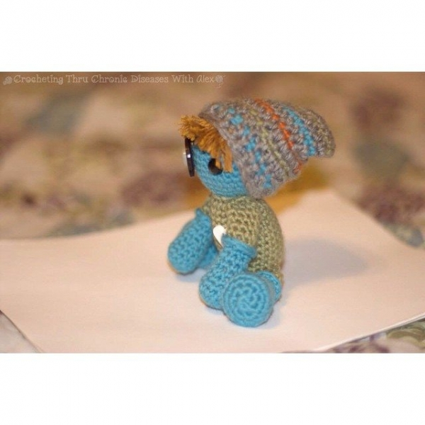 crochetingthruchronicdiseases crochet doll 2
