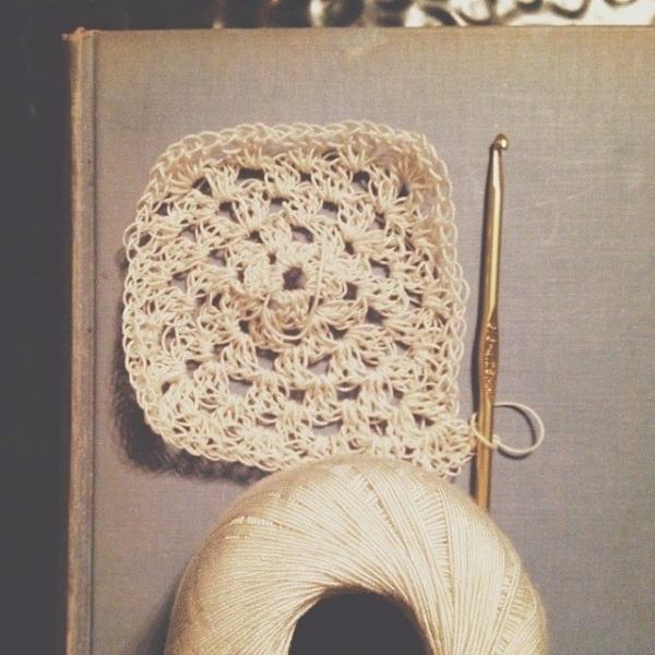 ellycaruthers crochet granny square