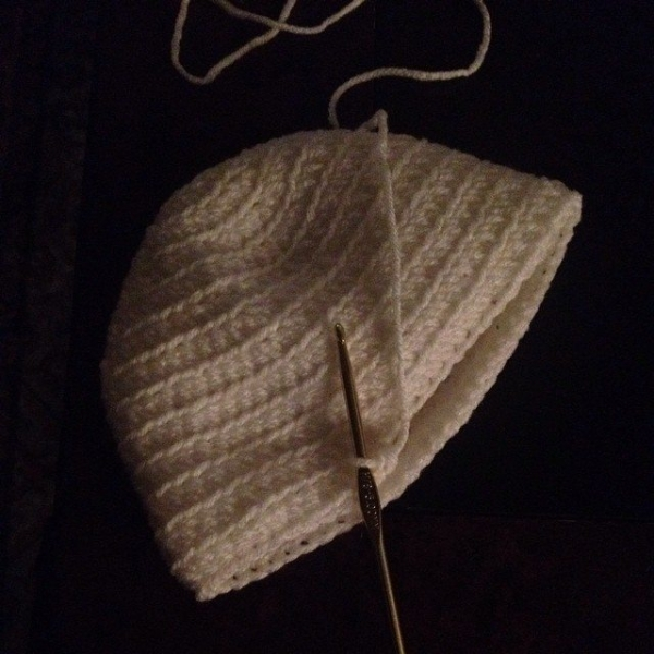 ellycaruthers crochet hat