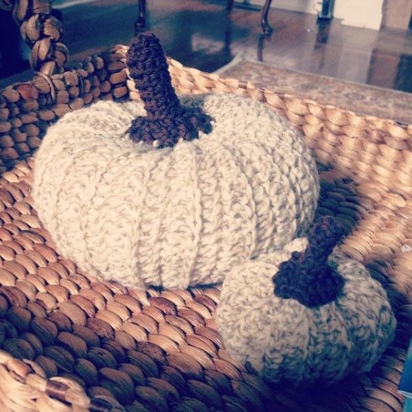 ellycaruthers crochet pumpkins