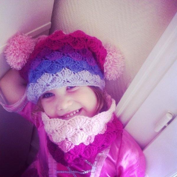 funnyva1entine crochet cowl
