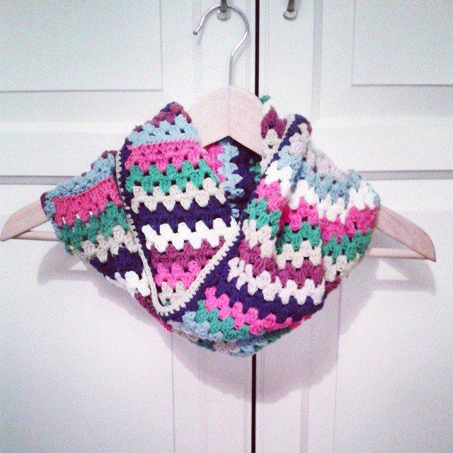hanrosieg crochet cowl
