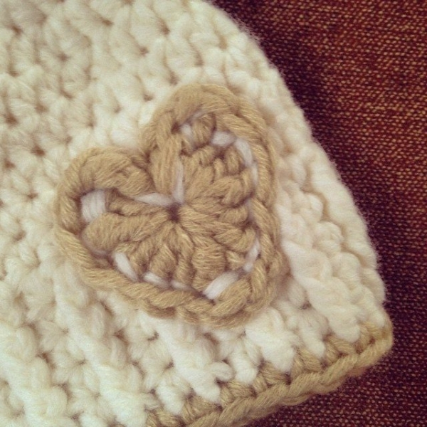 heartmadebeanies crochet hat heart