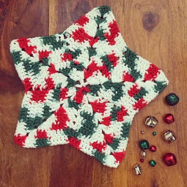 holly_pips crochet christmas star