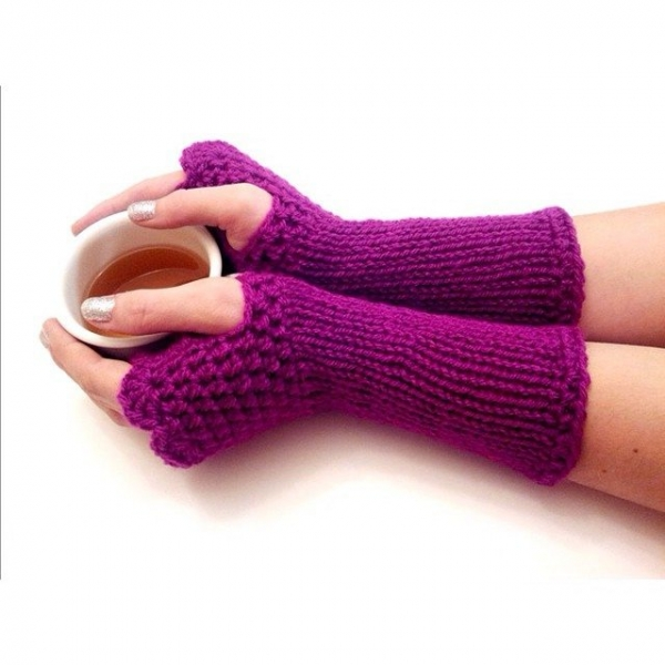 joyfuljaxcrochets.and.knits crochet fingerless gloves