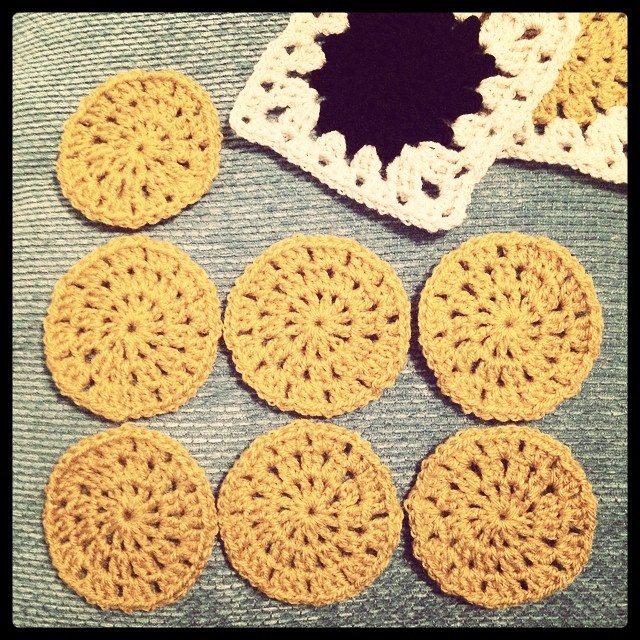 littledaisyloves_uk crochet motifs blanket