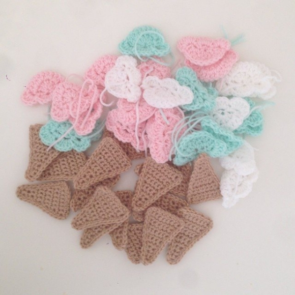littlefoxcrochet crochet ice cream garlands