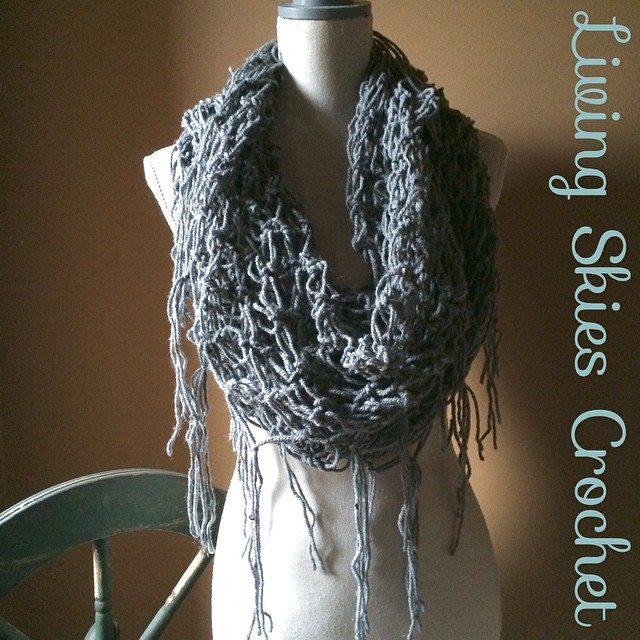 livingskiescrochet crochet cowl