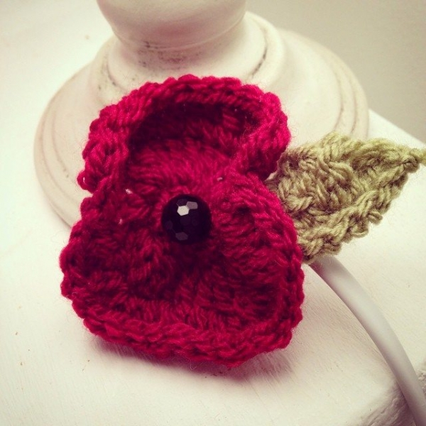 make_the_nest crochet poppy