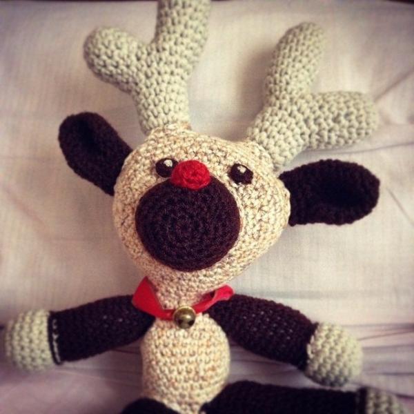 mimamami_creations crochet reindeer